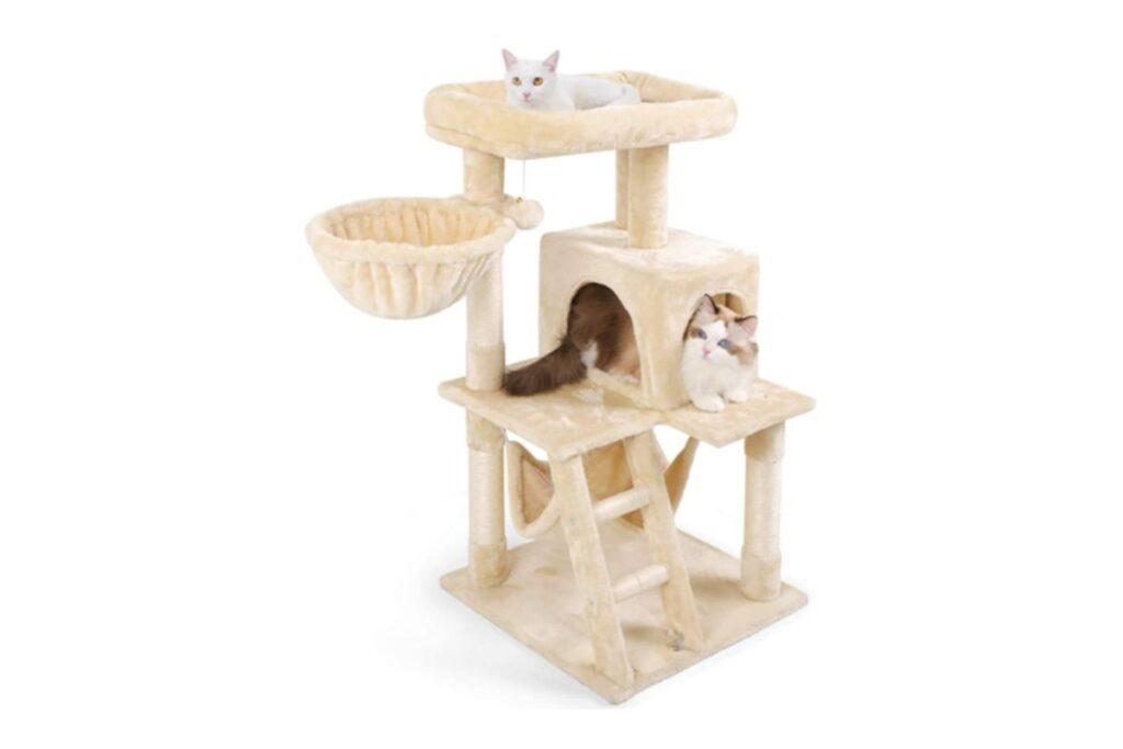 Torre morbida per il gatto