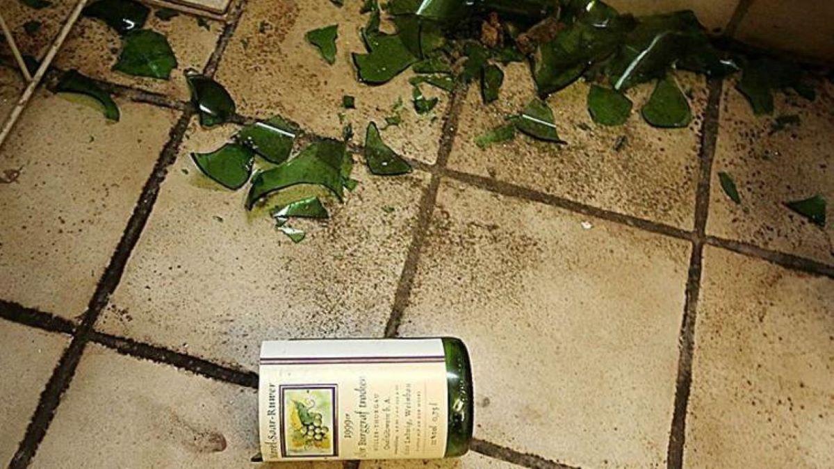 vetri-bottiglia-di-vino