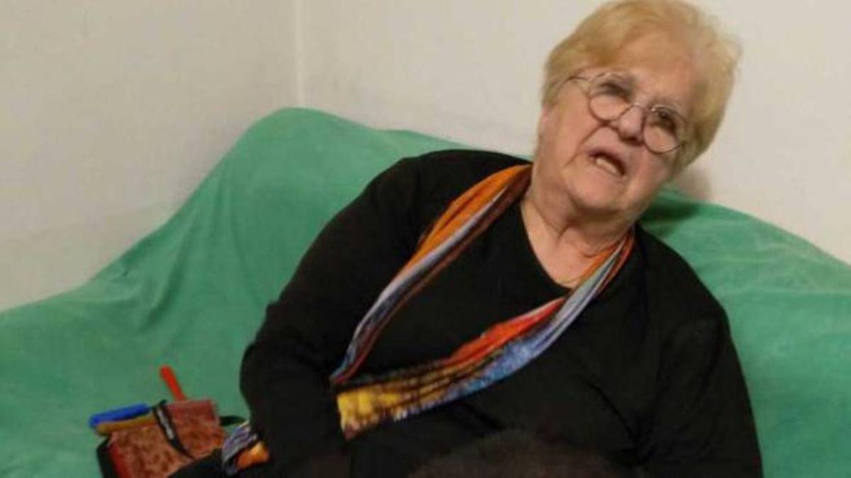 signora-Lina-seduta-su-poltrona