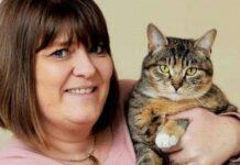 padrona viene salvata da gatta che sente il tumore