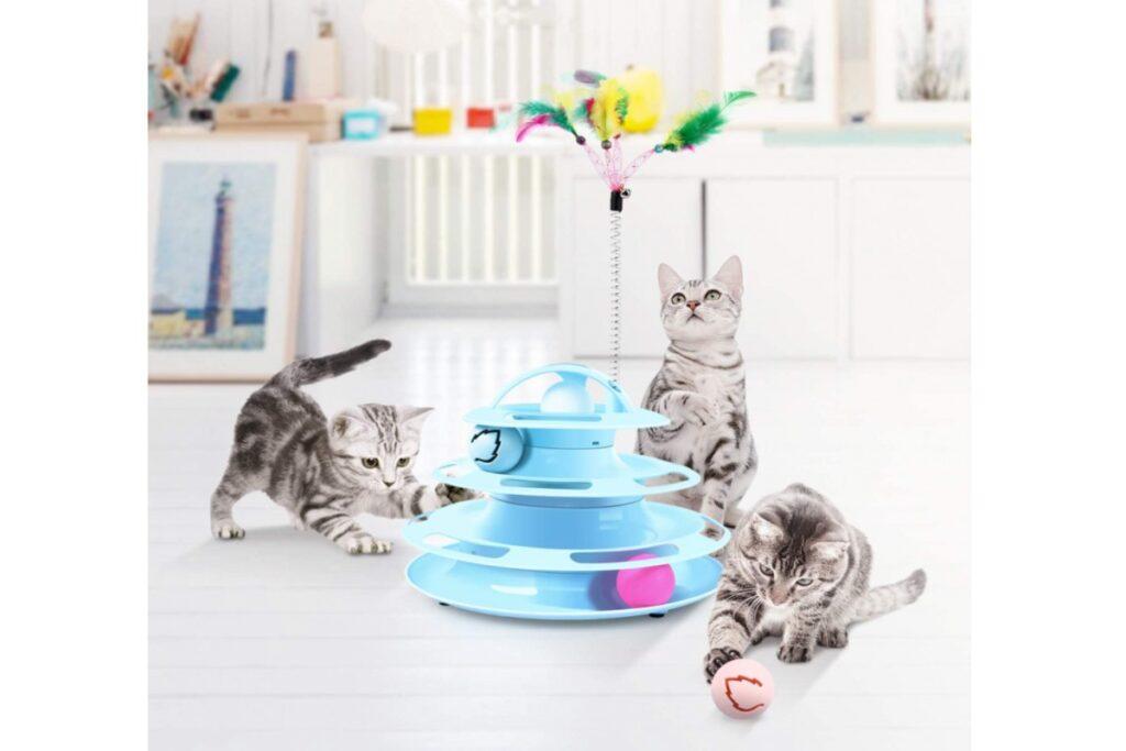 piramide interattiva per gatti