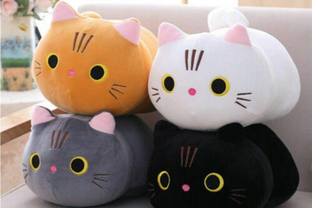 cuscini a forma di gatto