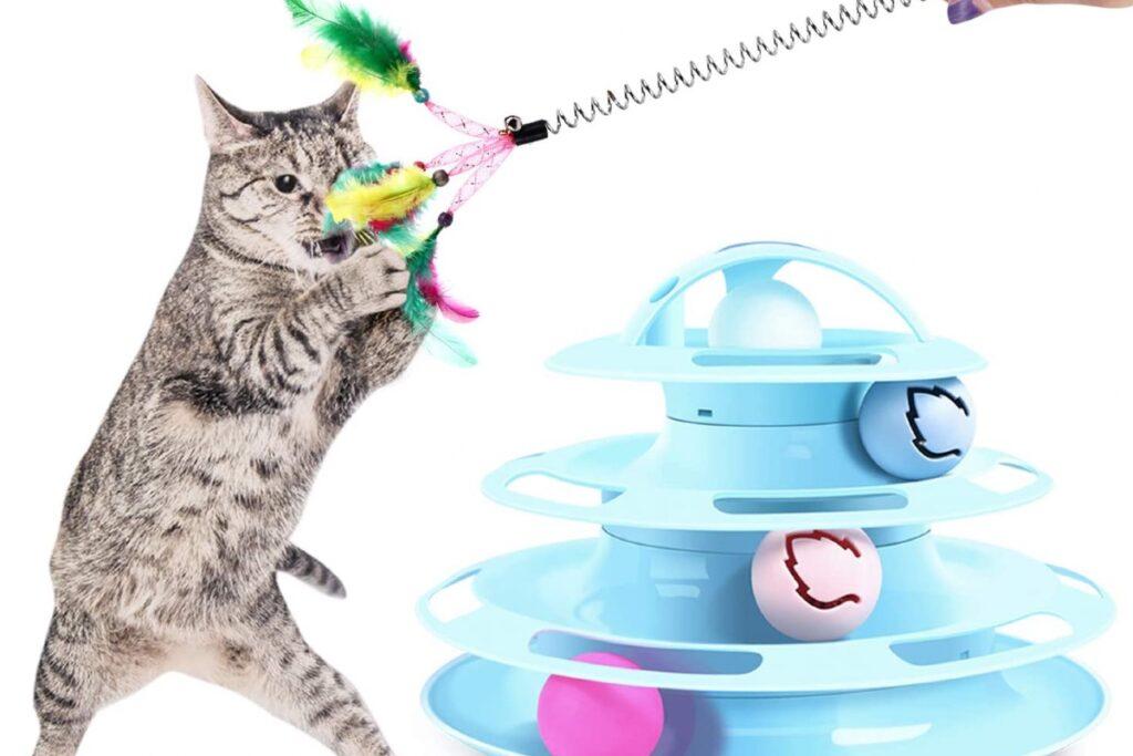 Torre con palline per gatti