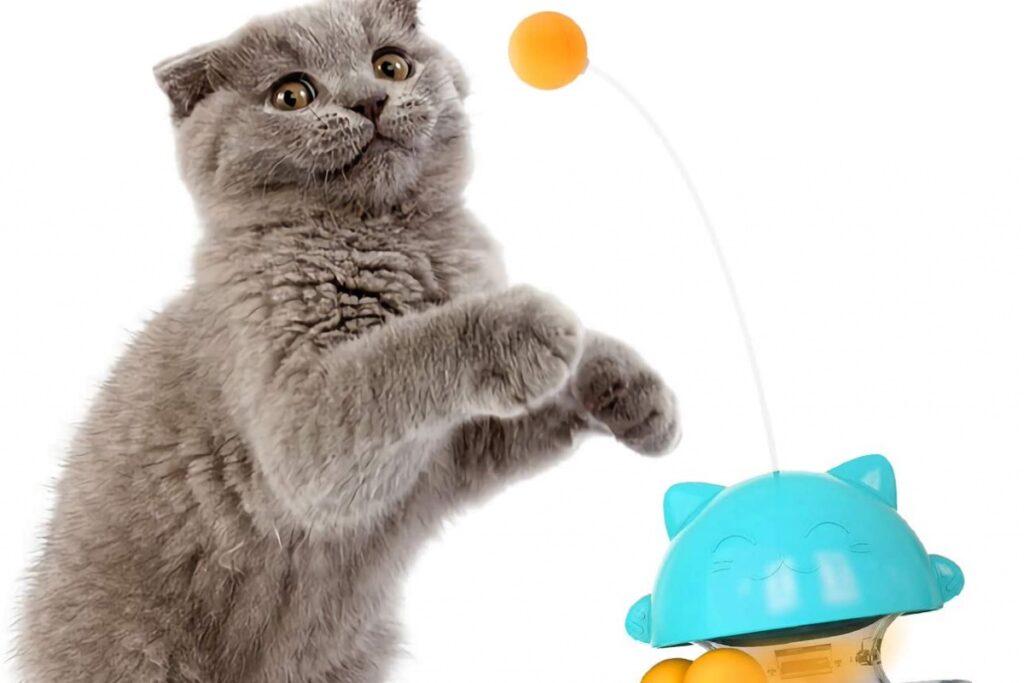 dispenser giocattolo per gatto