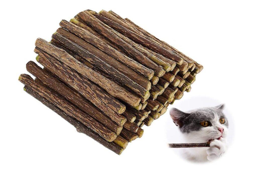 bastoncini di legno per gatti