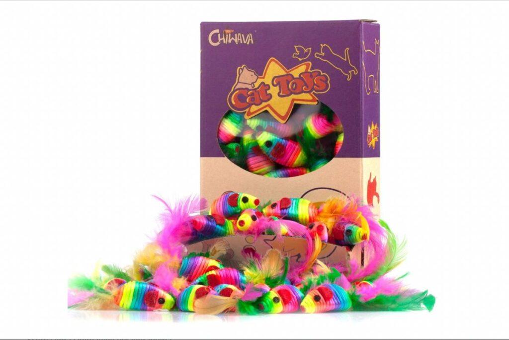 giocattoli per gatti con le piume