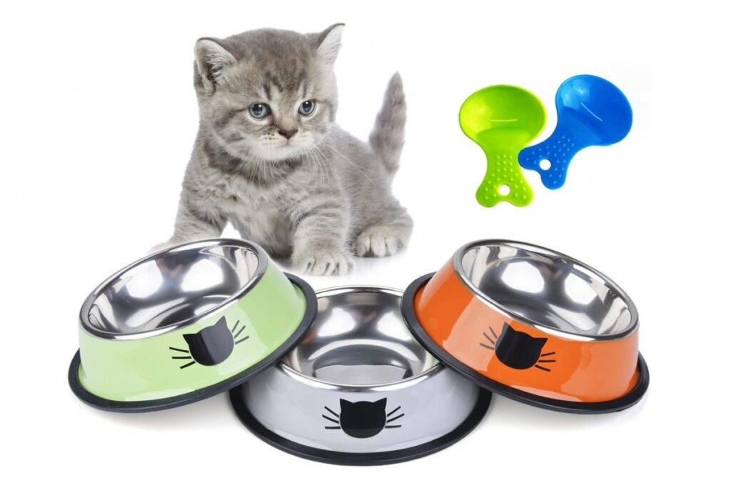 ciotole colorate per gattini