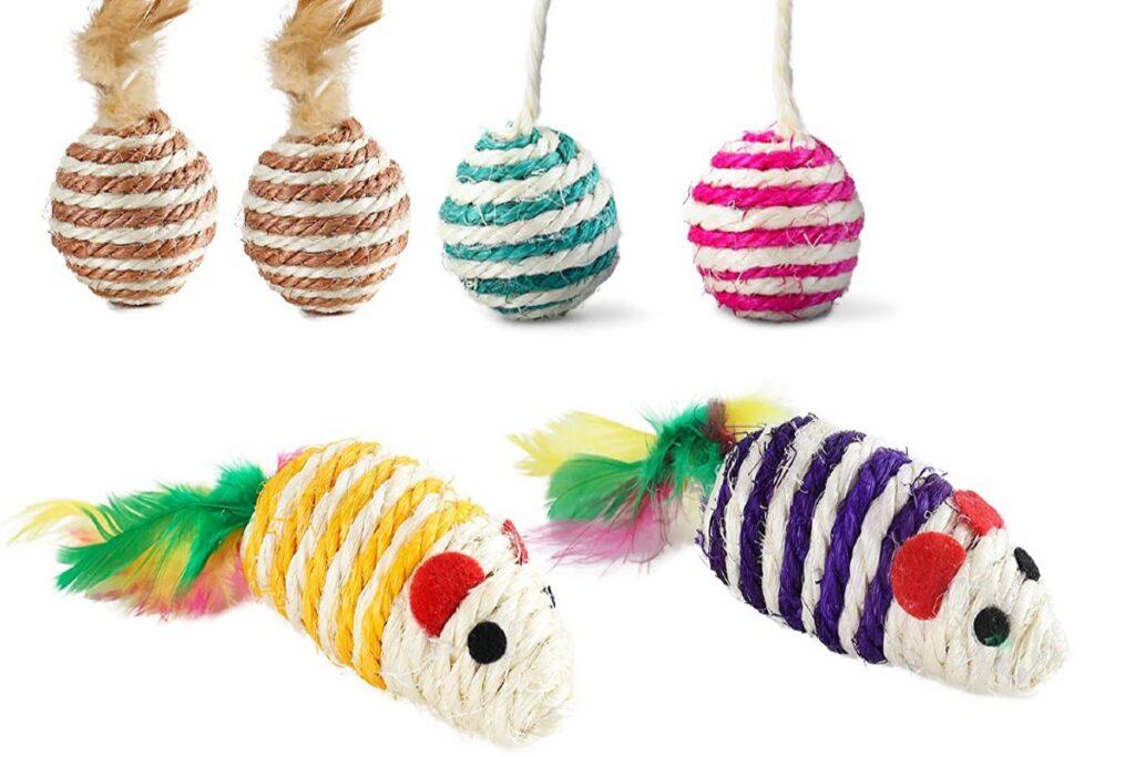 topolini e palline di corda per gatti
